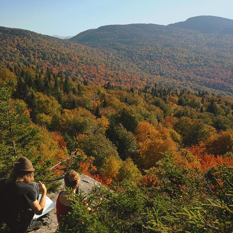 Le panorama depuis L'Échine au mont Sutton