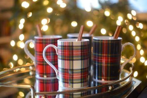 vuelve el rojo por navidad y con l la tradicional decoracin navidea a nuestro hogar como ya os comente en un post anterior