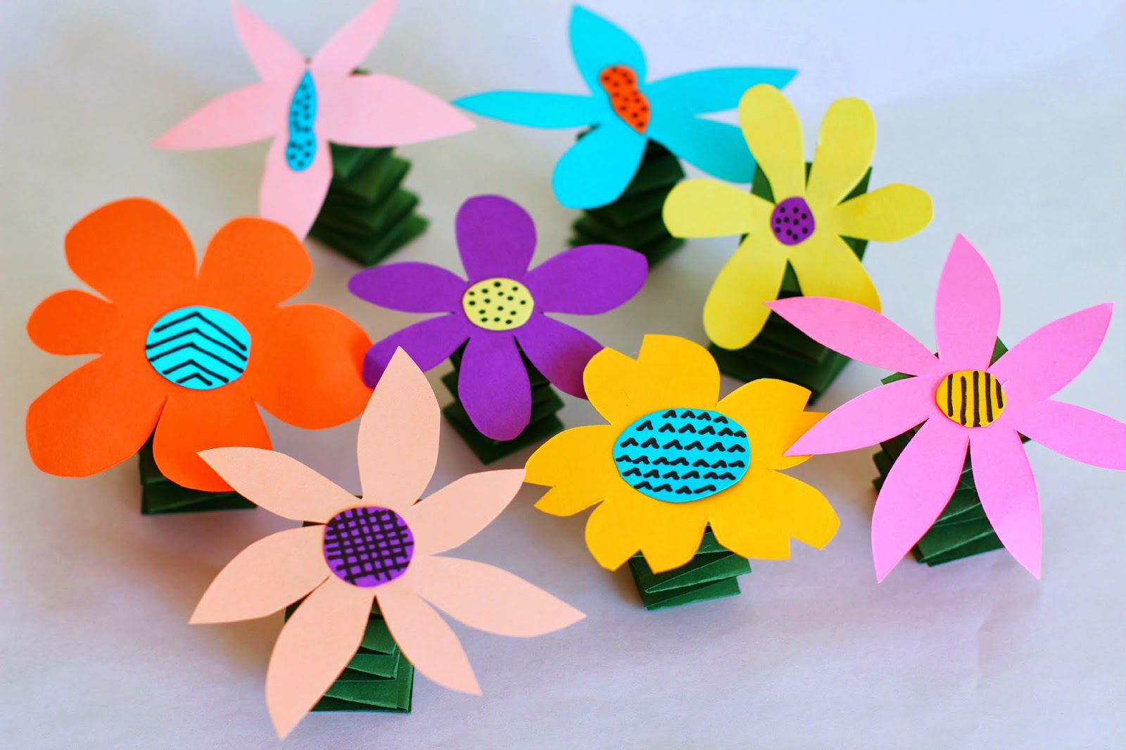 Salsa pie productions diy spring y flowers for Art and craft flowers
