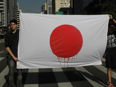 Protesto no Consulado do Japão pede o fim da matança de golfinhos em Taiji