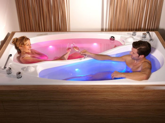Yin Yang Couple Bath