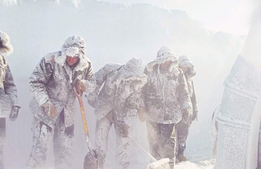 Антарктида 1964 - история в фотографиях: http://foto-history.livejournal.com/7796240.html