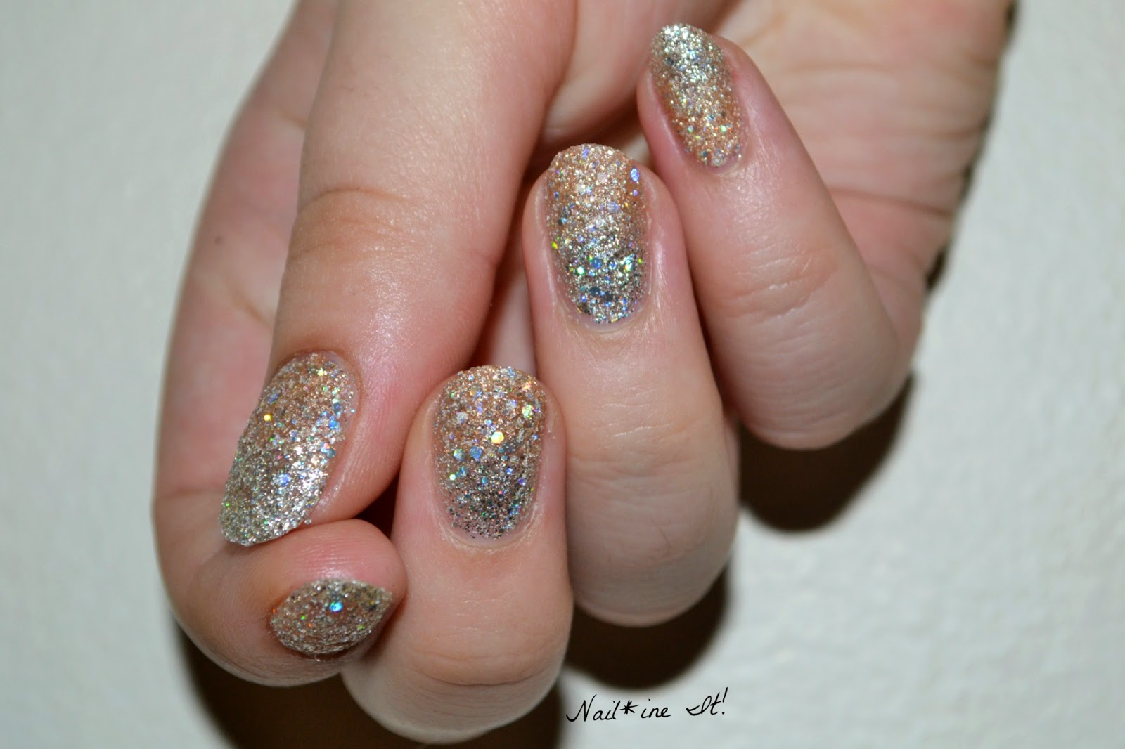 Nail*ine It!: Subtle Gradient featuring Zoya Cosmo & Bar Magical ...