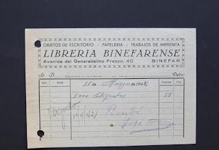Factura de la Librería Binefarense de 5000 etiquetas por 55 pesetas de la época. 31 de marzo de 1942