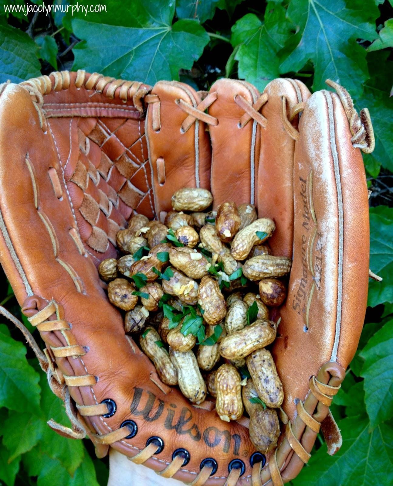 Garlic Roasted Peanuts