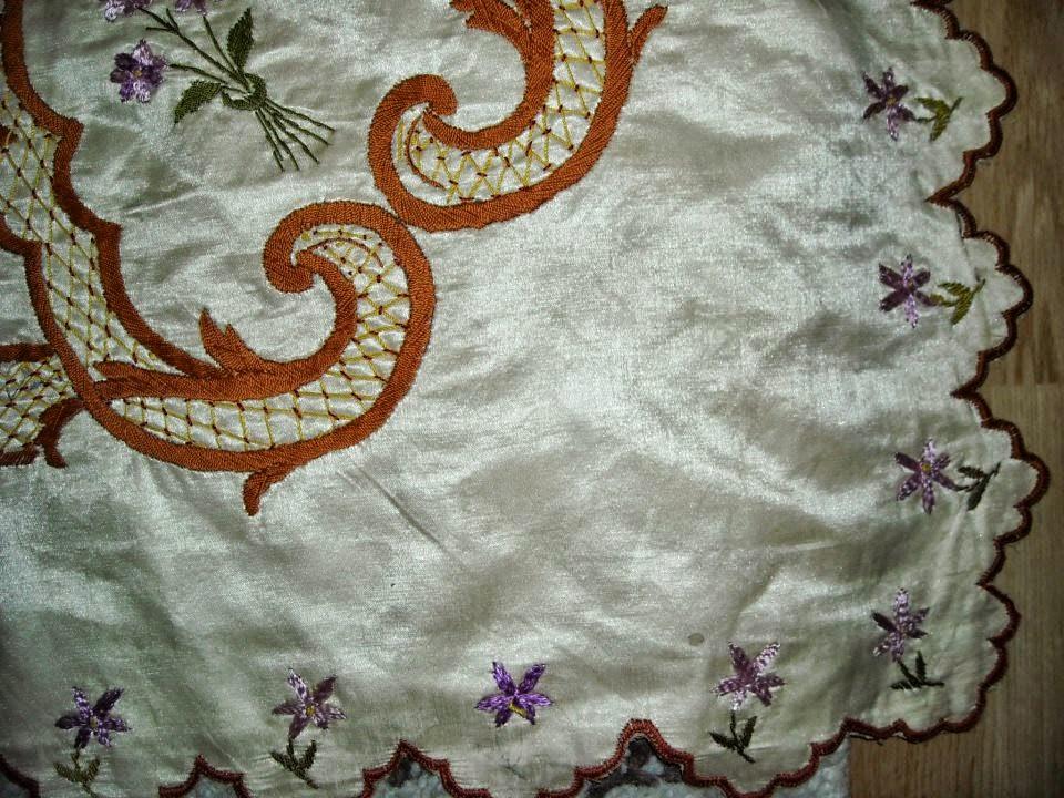 antika el işlemeleri,yatak nakışları,yatak el işlemeleri, nakışlar