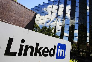 LinkedIn Reaches 1 Billion Endorsements