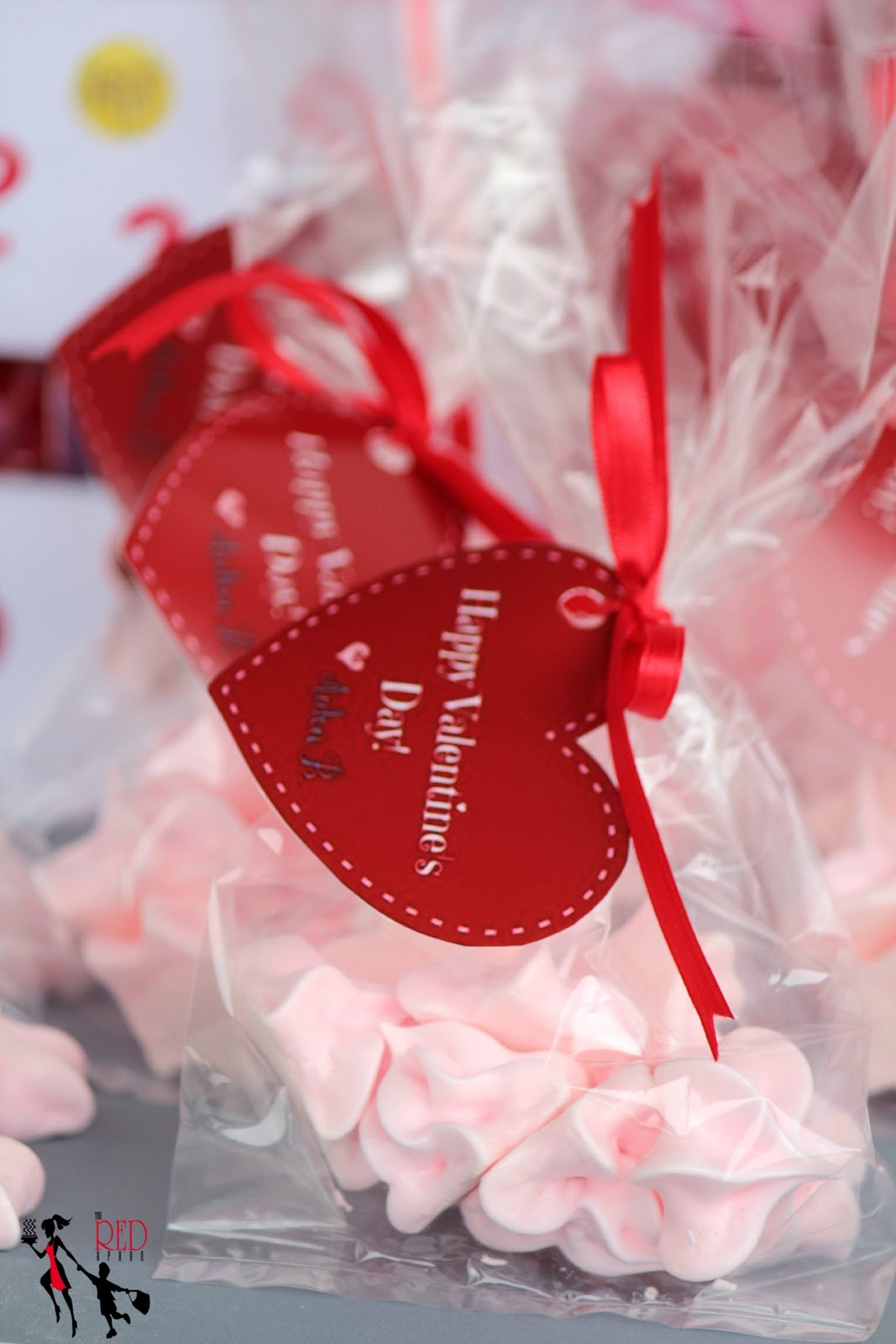 The Red Apron: Valentine\'s Day School Favors