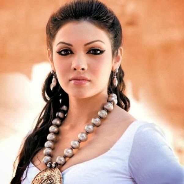 Pakistani+Actress+Sara+Loren007
