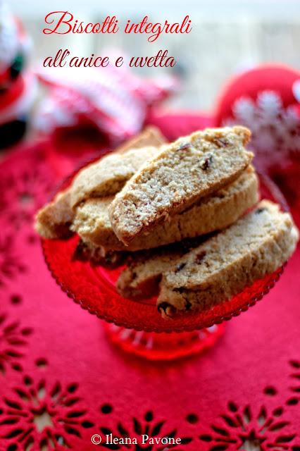 idee regalo: biscotti integrali all'anice e uvetta...buon natale :)