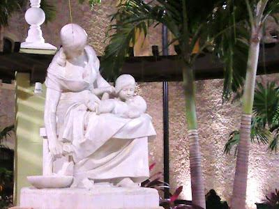 Monumento Maternidad Merida Yucatan Mexico