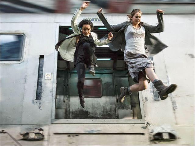 """Zoe Kravitz y Shailene Woodley en """"Divergente"""""""