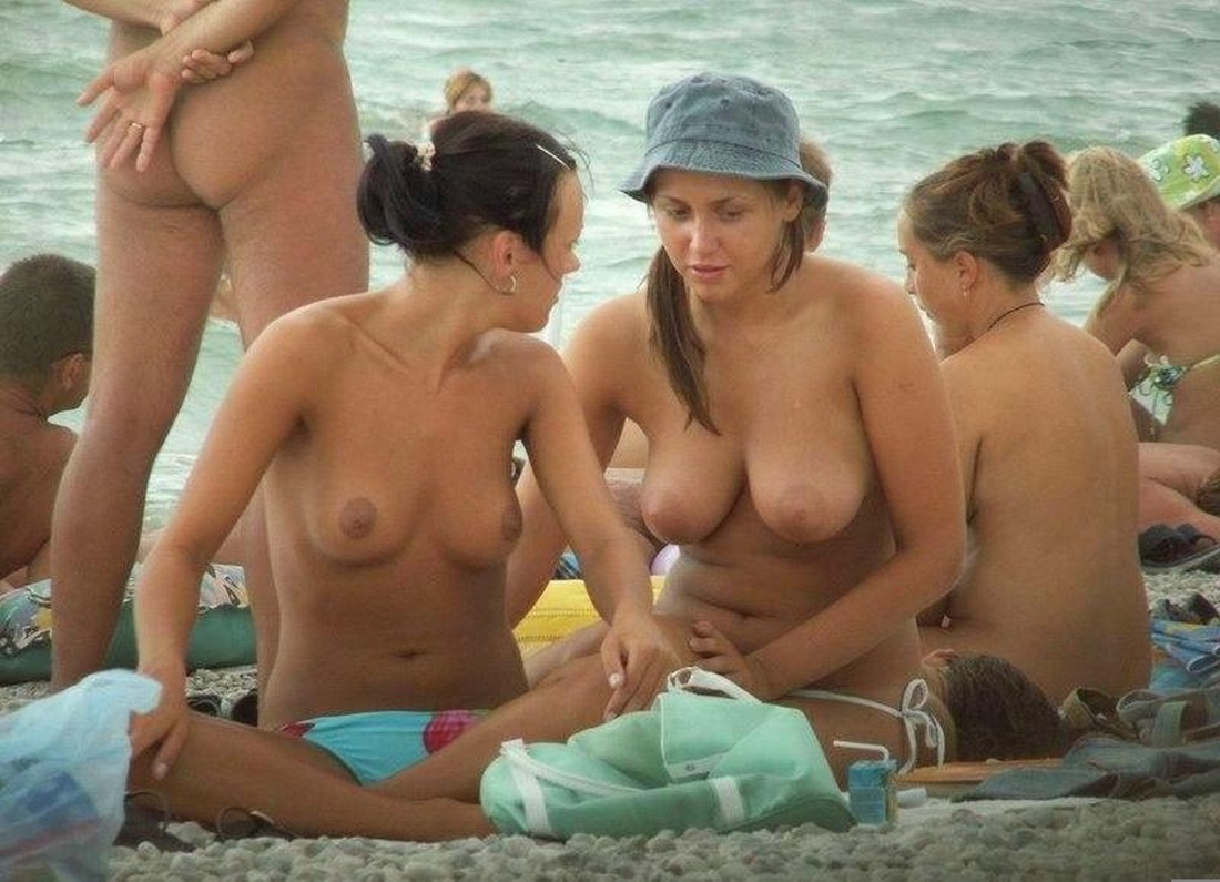 girls of freinds nude