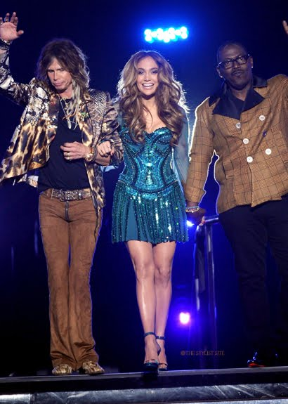 jennifer lopez dresses american idol. makeup Jennifer Lopez Grammy