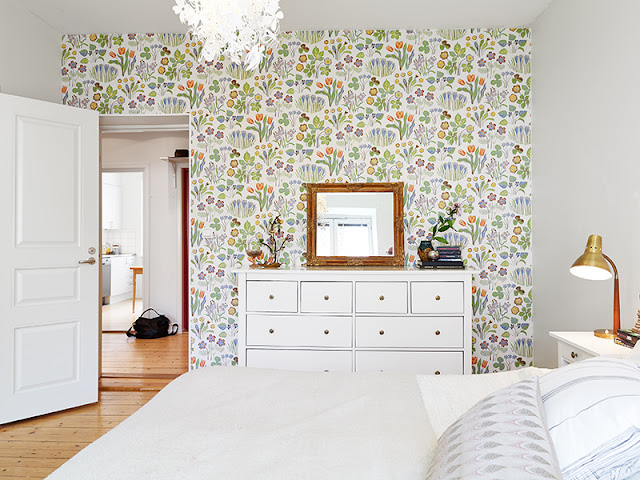 my scandinavian home: Fun lights and pretty wallpaper in a Swedish ...