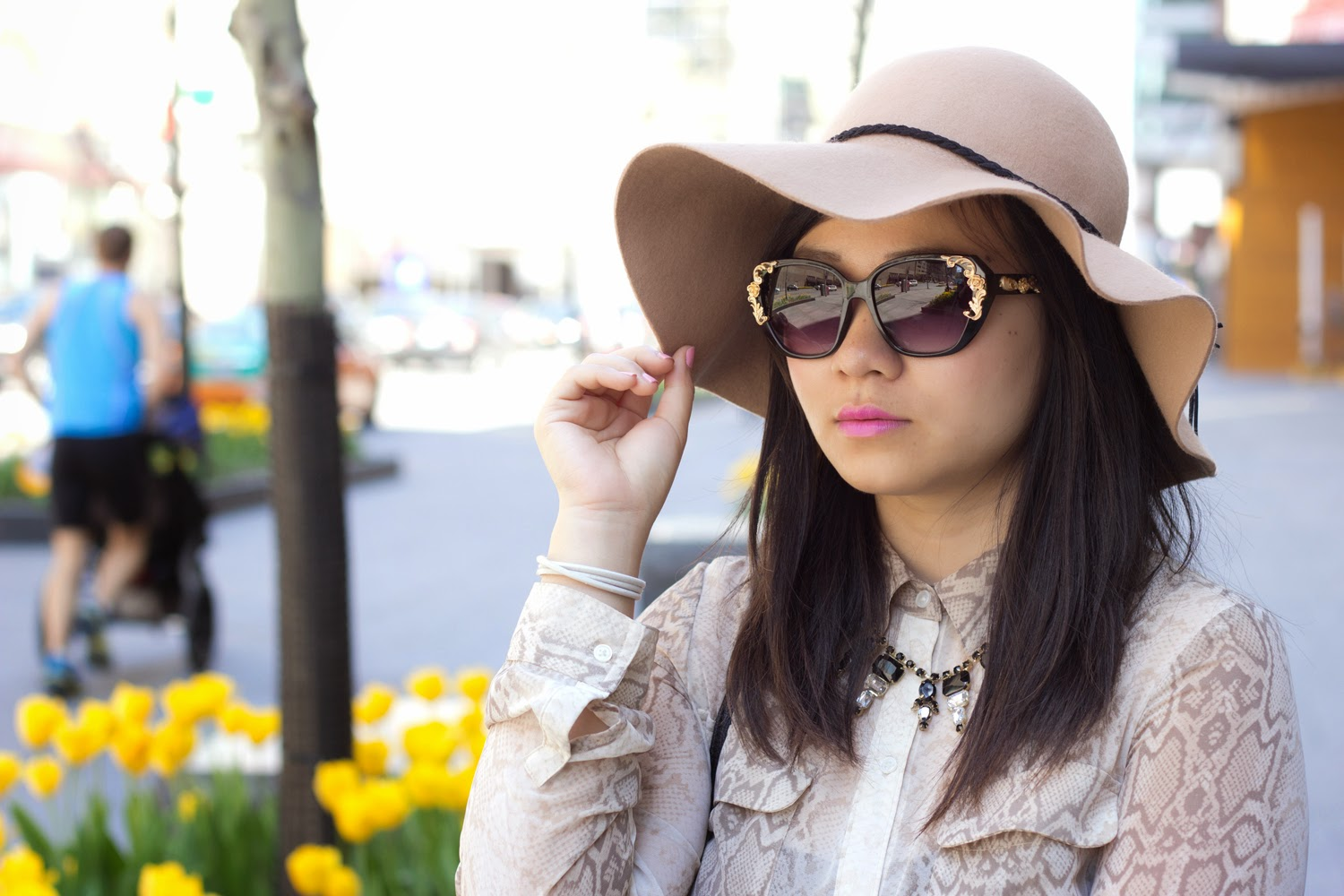 Floppy-Hat, A-J-Morgan-Sun-glasses, Snake-skin-Print-Blouse