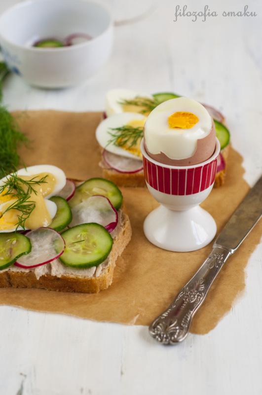 Kanapka z makrelą i jajkiem