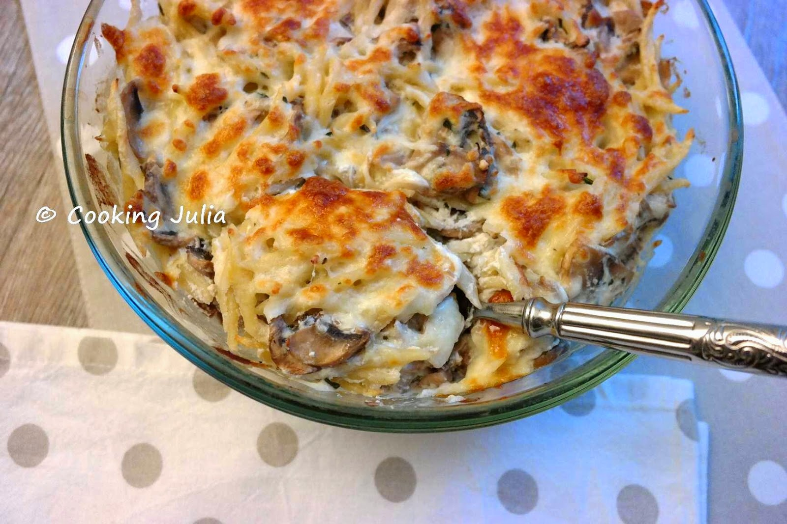 cooking julia gratin de p tes aux champignons. Black Bedroom Furniture Sets. Home Design Ideas