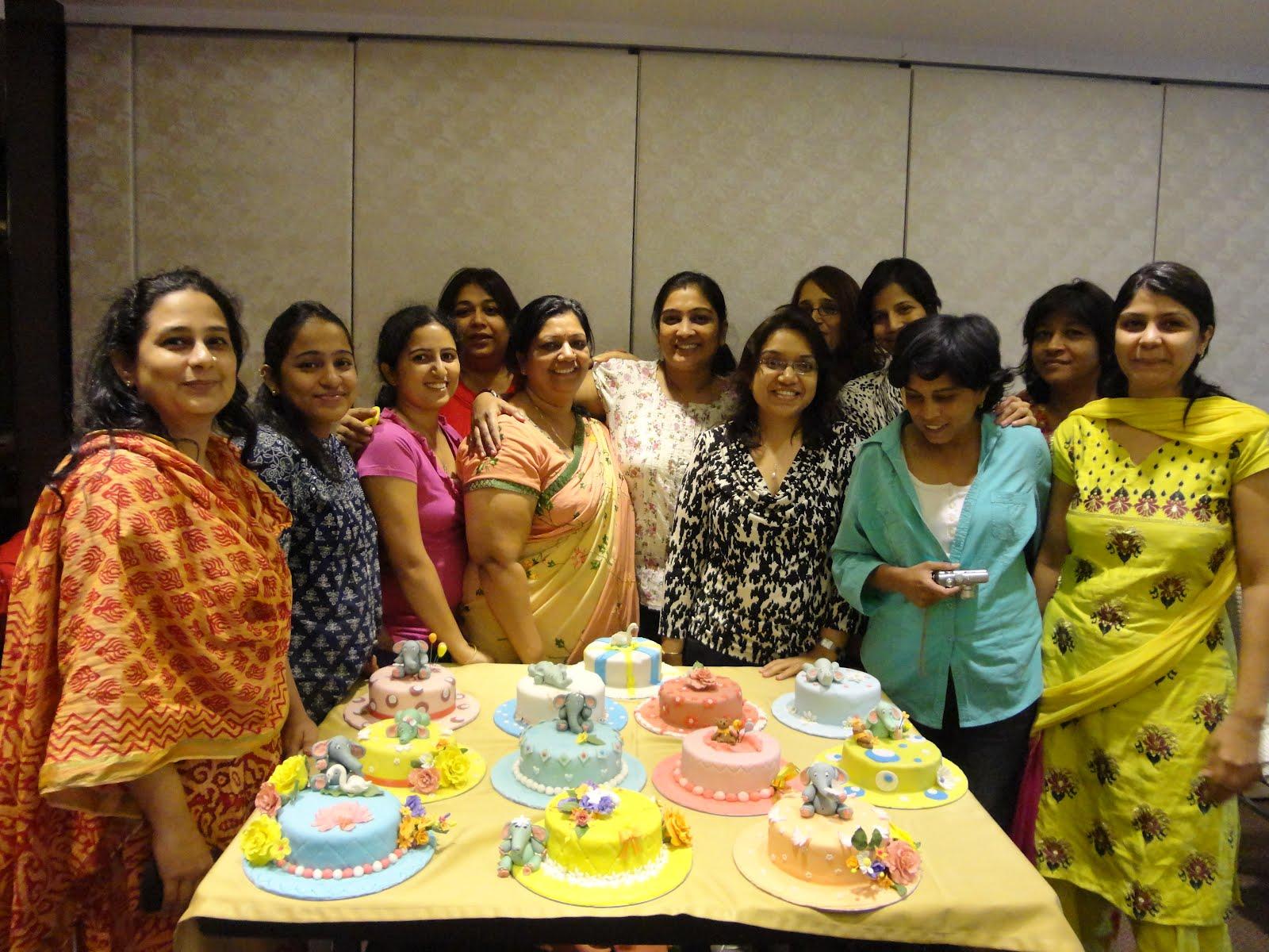 Fondant Cake Decorating Classes In Mumbai