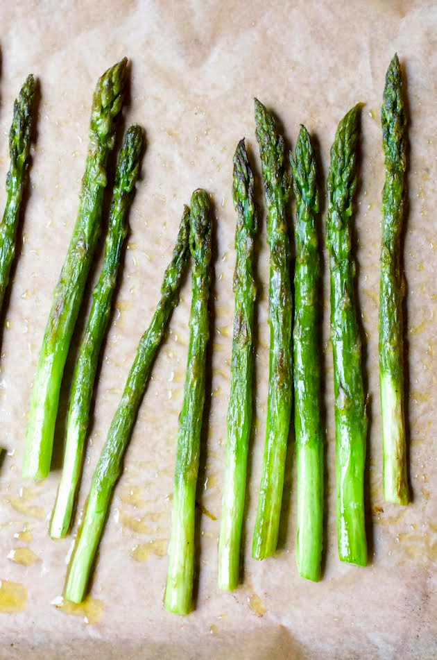 Simply Roasted Asparagus in Olive Oil, Lemon & Za'atar