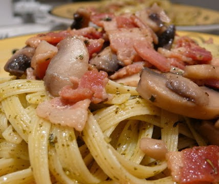 mushroom bacon linguine recipe: everything is better with bacon