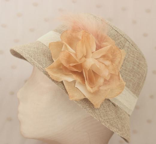 Colección La Cesta - Sombrero Nude flor primavera