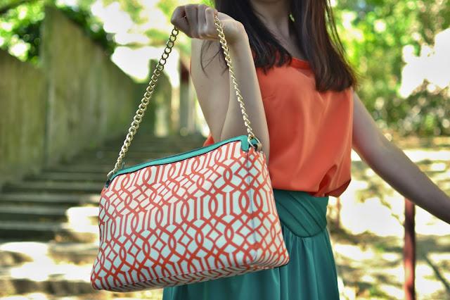 Keď ponuka nič neponúka_Katharine-fashion is beautiful_Biele sandále_Oranžový top_Zelená sukňa_Katarína Jakubčová_Fashion blogger