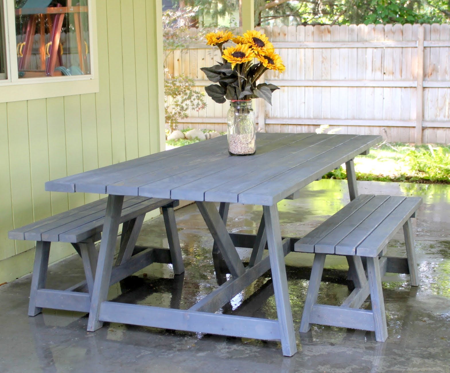 Crafty sisters ana white table benches for Ana white table bench