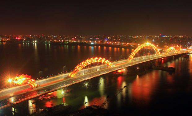 Cho thuê xe ở thành phố Đà Nẵng chuyên nghiệp