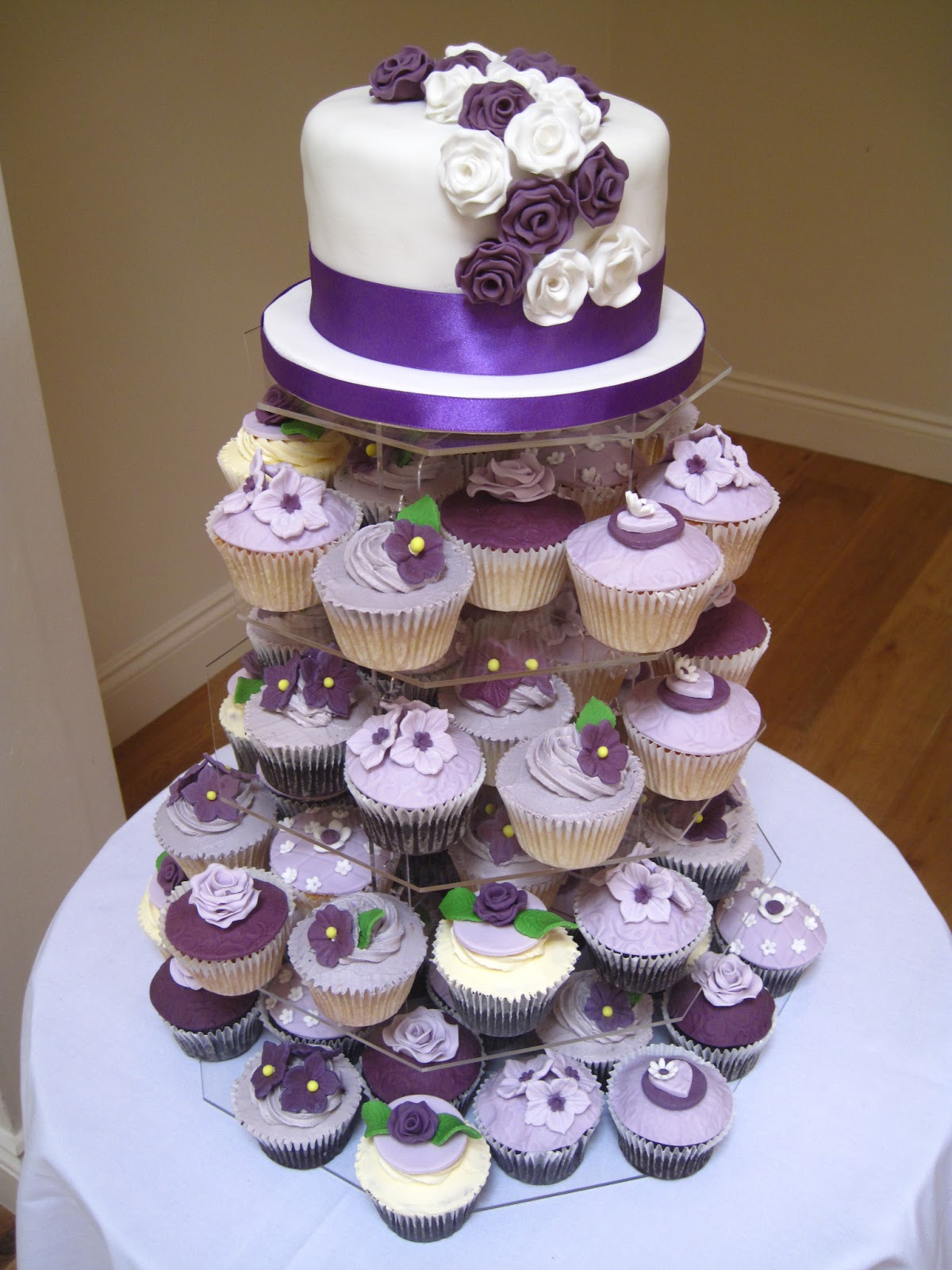 TrueStar Cupcakes Lilac wedding delight