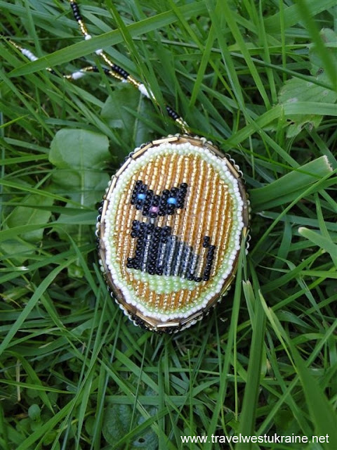 Kitty Cat Beaded Easter Egg from Ukraine