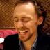 Tom Hiddleston (Loki) imitando a cuanta celebridad se le ocurra!