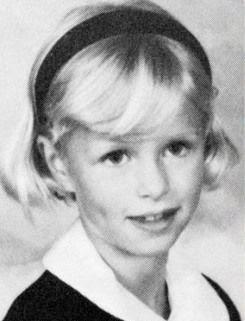 paris hilton mini biography and childhood pictures