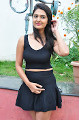 Neha Deshpande at Pochampally Ikat-thumbnail-5