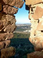 Panoràmica vers el nord-oest des del Castell de Rosanes