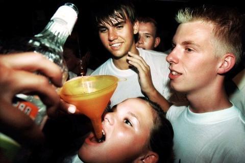 El alcoholismo de los niños en rossii