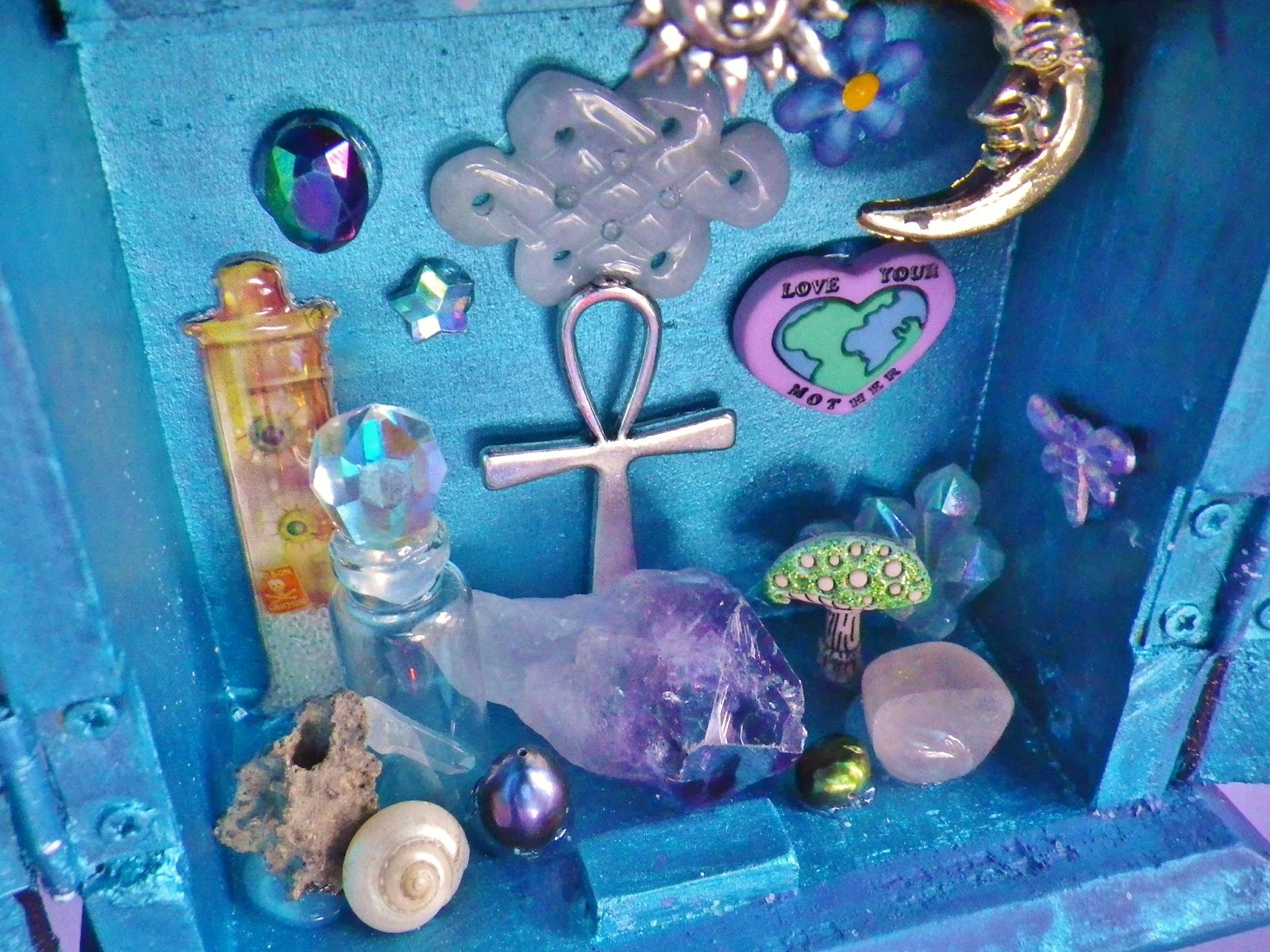 how to make a crystal altar