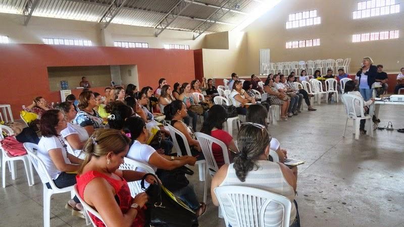 O CMDCA PROMOVE OFICINA DE SENSIBILIZAÇÃO E MOBILIZAÇÃO DO SELO UNICEF EDIÇÃO 2013-2016