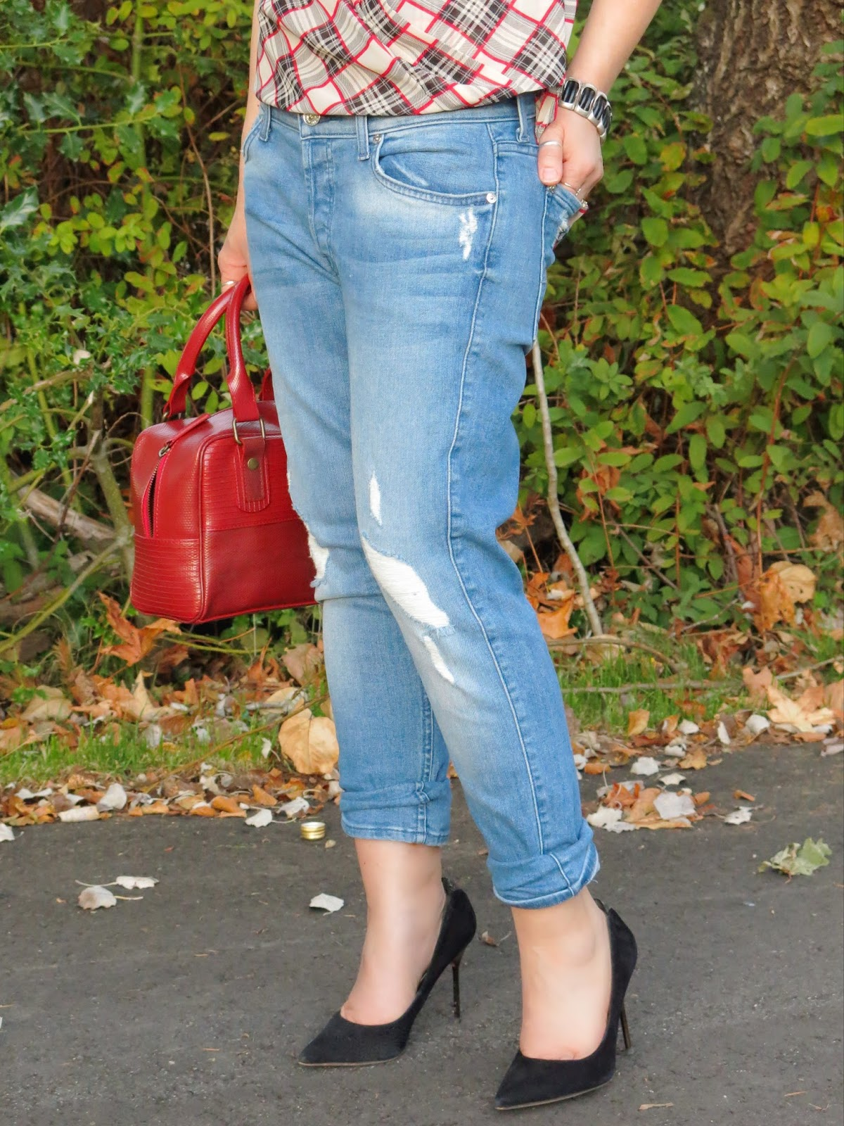 boyfriend jeans, plaid blouse, Sam Edelman pumps, and Elvis & Kresse bag
