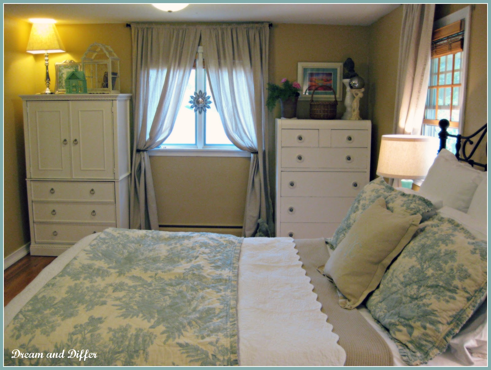 Dream and differ master bedroom reveal for Bed placement in small room