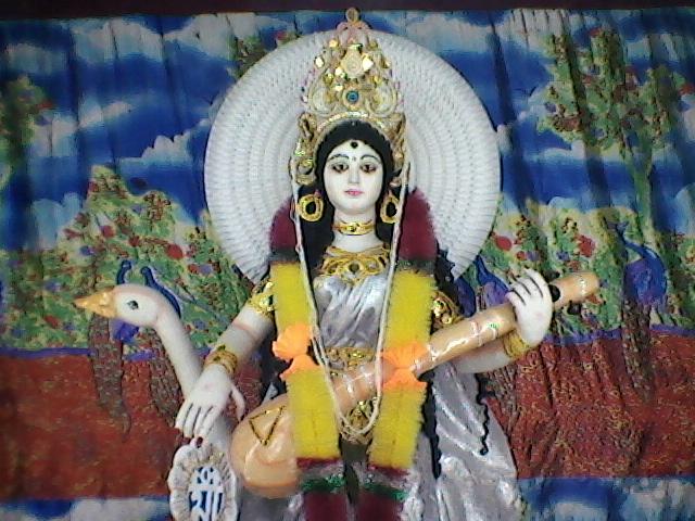 saraswati thakur of srikhanda bamunpara young star club saraswati puja
