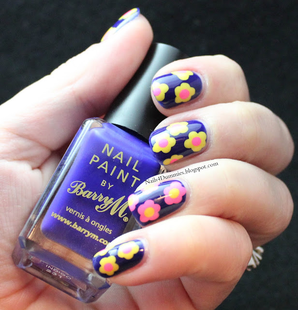 Nails4Dummies - Bright Dot Flower Nails