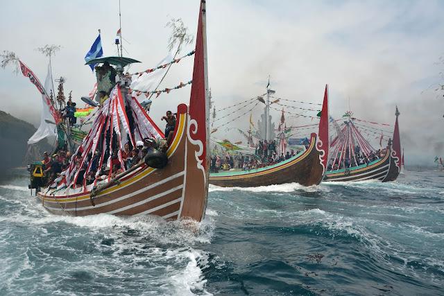 Tradisi Petik laut Muncar, Banyuwangi.