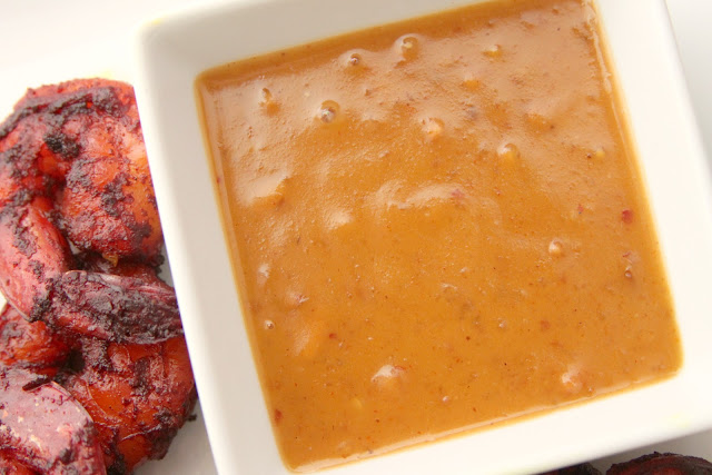 gingersnaps: blackened shrimp satay with thai peanut sauce