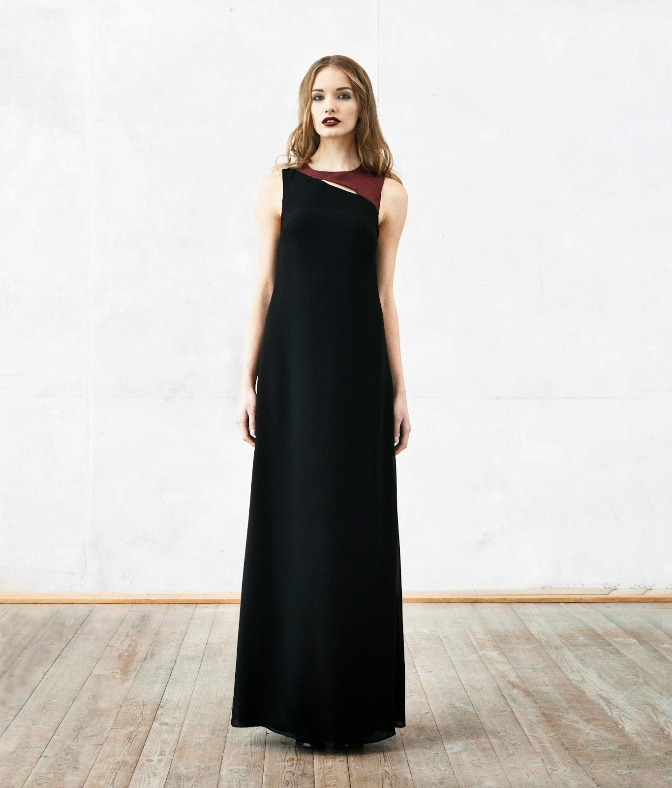 maxi dress, maxi dress with cut out, black maxi dress