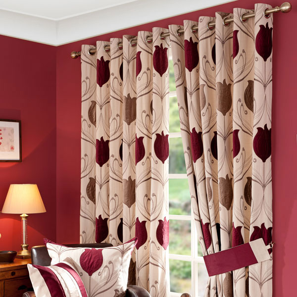 Perfect Curtains Design how to choose the perfect curtains and drapes This Wine Lalique Curtain Collection Features A Repeated Bold Tulip Design Using Elegant Embroidery And Appliqu In Luxurious Velvet