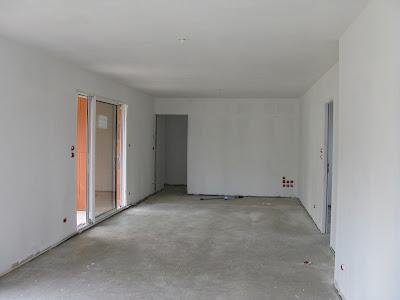 eaunes sweet home notre maison sur eaunes 31 avec vmf la dalle s che et les murs blanchissent. Black Bedroom Furniture Sets. Home Design Ideas