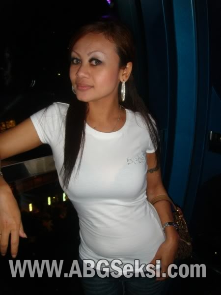 KOLEKSI FOTO HOT TANTE BOHAY Pic 20 of 35