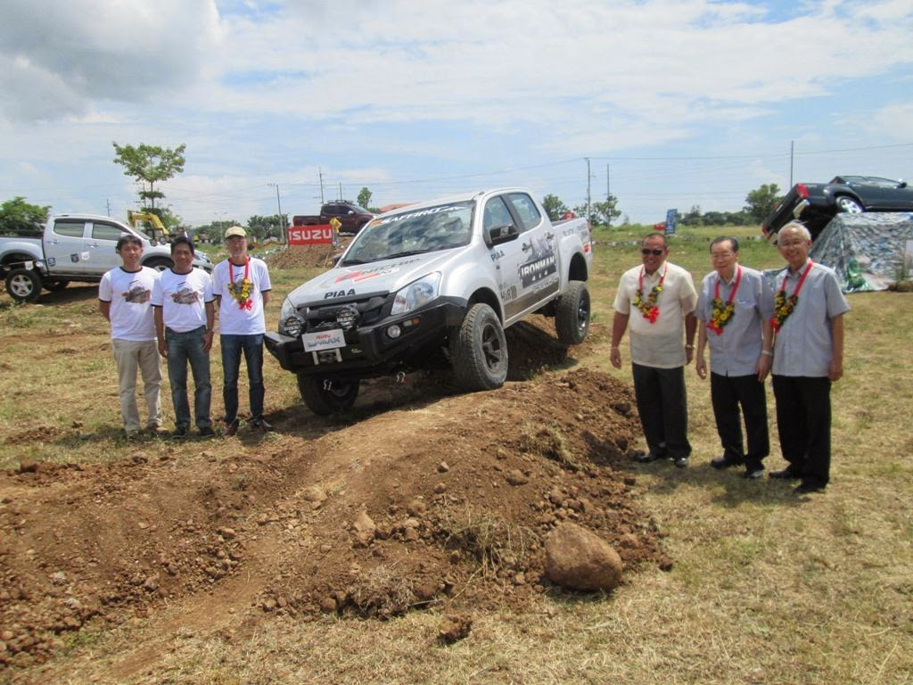 Toyota yaris 1 3 e mt 2017 philippines price amp specs autodeal - Isuzu D Max Continues To Impress At 4x4 Drive Series In Cagayan De Oro Final Leg Slated In Davao