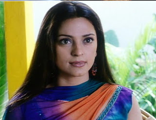 Juhi Chawla hot and simple wallpapers download